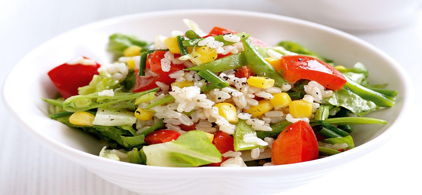 Салат из сладкого перца с рисом